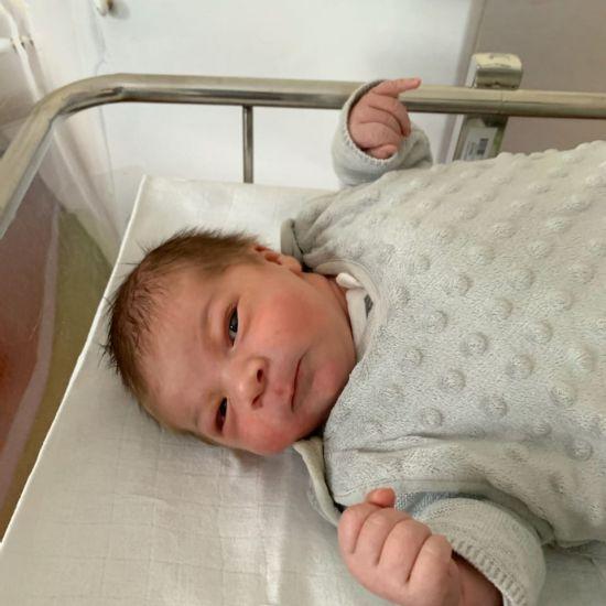 Néo est le 1er bébé né à Montluçon en 2021