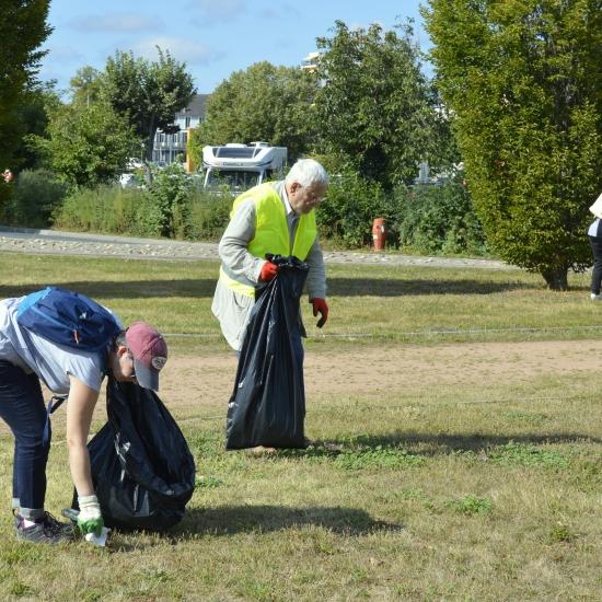 Cinquante personnes ont participé au Défi Ville Propre samedi à Montluçon.